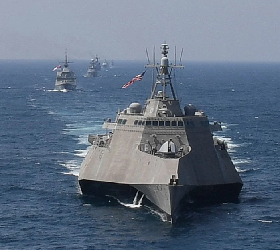 America-attack-south-china-sea.png