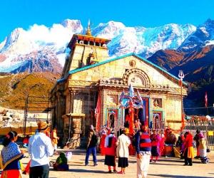 Kedarnath-Shrine.jpg